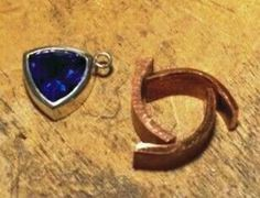 Jewelry Making Tutorials Setting Trillion Stones - very cool way to create your own bezel setting for trillion stones. Jewelry Tools, Jewelry Supplies, Metal Jewelry, Jewelry Shop, Diy Jewelry, Handmade Jewelry, Jewelry Design, Jewelery, Homemade Jewellery