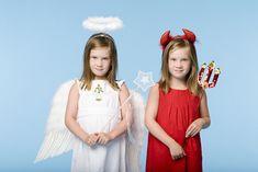 Weihnachts Engel Aktion Auch heuer gibt es wieder unsere Weihnachtsaktion. Wenn es an Weihnachten knapp wird bitte bei einem Admin melden. Wir werden versuchen für jedes Kind einen Engel zu finden der dann diesem ein kleines Geschenk machen darf. Heuer gibt es das erste Mal auch eine Kleinigkeit für die Eltern (Dank einer großartigen Spende). Es muss niemand ohne Bescherung Weihnachten feiern gemeinsam schaffen wir das. Es sind bereits 22 Kinder vorgemerkt. Bitte scheut euch nicht euch zu… Girls Dresses, Flower Girl Dresses, Wedding Dresses, Blog, Carina, Fashion, Flower Girl Gown, Stocking Stuffers, Dress Wedding