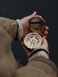 Mosiężny kompas żeglarski, stylowa busola kapitańska z mosiądzu…