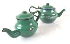 Pair of Vintage French Green Enamelware por shabbyfrenchvintage