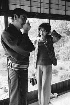 Kubota Hiroji 久保田 博二 Actor Takakura Ken 高倉 健 (1931-2014) and actress Kishi Keiko 岸 惠子, on the set of The Yakuza from American director Sydney Pollack (1934-2008), Kyoto, Japan - 1974