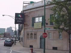 CraigsLostChicago - Como Inn at Milwaukee & Halsted in Chicago. Gone now, but I ate there once, on a date in 1980.