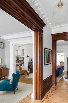 Emily Blunt and John Krasinski's Just-Listed Brooklyn Brownstone Is Legit the House of Our Dreams Modern Victorian Homes, Victorian House Interiors, Craftsman Interior, Interior Modern, Interior Design, Craftsman Living Rooms, Dark Wood Trim, Stained Wood Trim, Brownstone Interiors