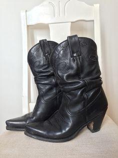 Mentor Cowboy boots