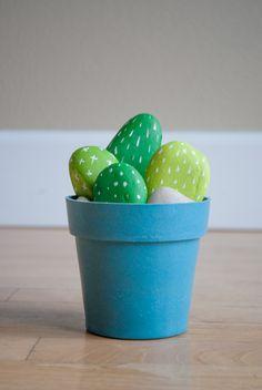 DIY Cactus Rocks Mak