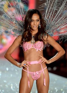 Victoria's Secret: ¡La pasarela más sexy del año! Joan Smalls