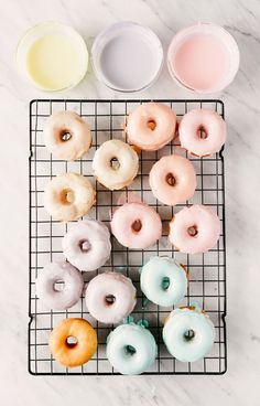 Pastel Icing Drip Donuts that can be decorated any way- colors, names, toppings Donut Icing, Icing For Donuts Recipe, Foto Pastel, Pastel Party, Homemade Donuts, Homemade Breads, Donut Party, Spring Party, Drip Cakes