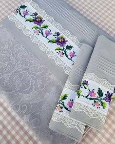 Spring Tutorial and Ideas Ribbon Embroidery, Cross Stitch Embroidery, Chandelier Wedding Decor, Spring Tutorial, Bed Cover Design, Free To Use Images, Cross Stitch Needles, Quilted Table Runners, Linens And Lace