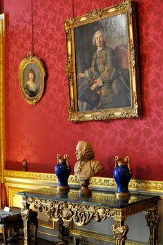 Musée Jacquemart-André Paris Classical Interior Design, Classic Interior, Decor Interior Design, Interior Decorating, Red Interiors, Beautiful Interiors, French Interiors, Glam House, Palace Interior