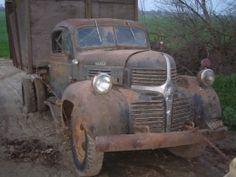1941 Dodge Dually by Super04Duty http://www.truckbuilds.net/1941-dodge-dually-build-by-super04duty