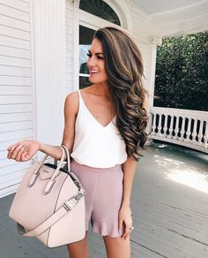 12 Trending Outfits On The Street Lovely soft colors and details. The Best of casual outfits in Look Fashion, Fashion Outfits, Womens Fashion, Fashion Trends, Fashion Inspiration, Fashion Styles, Fashion Clothes, Spring Summer Fashion, Spring Outfits