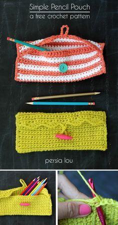 Persia Lou: Simple Pencil Pouch Crochet Pattern---I'm gonna make one for my crochet hooks Crochet Diy, Crochet Hooks, Simple Crochet, Crochet Ideas, Beginner Crochet Patterns, Crochet Organizer, Quick Crochet, Crochet Pencil Case, Crochet Purses