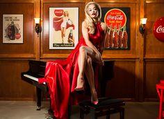 Rita Ora Oozes Old Hollywood Glamour | Fashionista Barbie