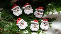 Baumschmuck: Sonstige - Keramik Weihnachtsmannköpfe - ein Designerstück von Maerchenwelten-aus-Ton bei DaWanda