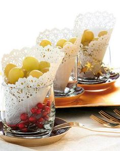 Simple and beautiful presentation for grapes..