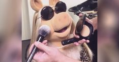 Behind the scenes glam on Miss Piggy. Makeup by the legendary, Hung Vanngo using Marc Jacobs Beauty for #LOVEMuppets by Rankin. #Entry