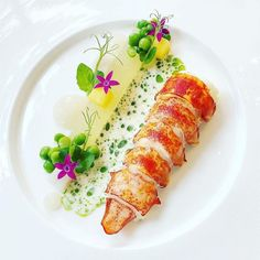 """Howsabout this gorgeous dish with delicate fresh greens from chef Yankavi? 😄😍👌🏻😋🦞Repost from - By """"Lobster, cream pear, melon gel! Chefs, Gourmet Food Plating, Gourmet Recipes, Cooking Recipes, Food Plating Techniques, Michelin Star Food, Food Garnishes, Creative Food, Food Presentation"""