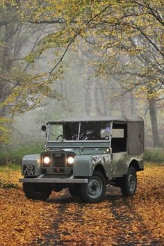 Land Rover Series 1. These were made for crisp fall days!