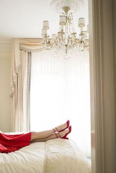 The Four Seasons Hotel George V, built in is a this luxurious 5 star landmark hotel off the Champs-Élysees in the heart of Paris. Ann Street Studio, Modelos Fashion, Photo Grid, Four Seasons Hotel, Shades Of Red, Little Red, Red Shoes, Sensual, My Favorite Color