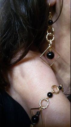 Orecchini etnici, Orecchini con pietre semi preziosi, Orecchini onice, Orecchini geometrici,Oro e nero.Orecchini da donna,Orecchini pendenti