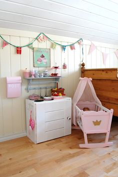 little girls room in Norway  simple clean lines... classic.
