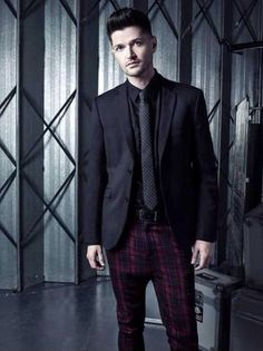 Damn Danny, you clean up good The Script Band, Danny The Script, Danny O'donoghue, Hottest Male Celebrities, Celebs, Daniel Johns, Why I Love Him, Soundtrack To My Life, Matthew Gray Gubler