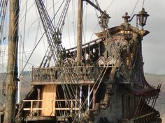 TASTE OF HAWAII: QUEEN ANNE'S REVENGE - PIRATES OF THE CARIBBEAN