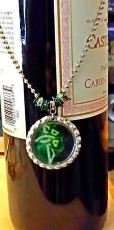 Ingress Enlightened Necklace $8 Ingress Enlightened, Geek Stuff, Portal, Nerdy, Website, Game, Box, Geek Things, Snare Drum