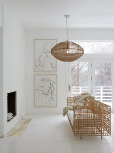 In a farmhouse design, the side table seems to have important roles that are unreplaceable. The farmhouse side table is not there for merely functions but the right design and … Ford Interior, Interior Design, Ford Lighting, Minimalism Living, Design Salon, Farmhouse Side Table, Rattan Furniture, Farmhouse Design, Decoration
