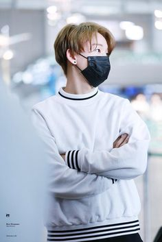 I will support him with his decision to leave. I hope he is happy and will continue to be on his new path apart from Day6 Junhyeok, Kim Wonpil, Pop Group, Bomber Jacket, Kpop, Actors, Boys, Asian, Wallpapers