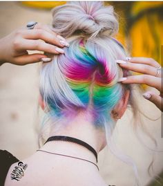 Rosa Haare 2019 - Choose Ombre or Balayage for Your Short Hair picture 3 - Frauen Frisuren Cute Hairstyles For Short Hair, Pretty Hairstyles, Short Hair Styles, Hairstyle Ideas, Short Haircuts, Fine Hairstyles, School Hairstyles, Hair Dye Colors, Cool Hair Color