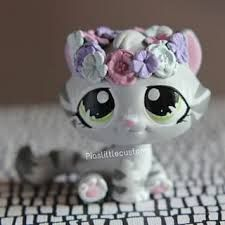 Image result for lps customs piaslittlecustoms Little Pet Shop, Little Pets, Custom Lps, Lps Accessories, Daddys Little Princess, Lps Toys, Lps Littlest Pet Shop, Cute Polymer Clay, Puppy Party
