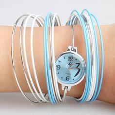 새로운 다기능 소녀 독특한 스타일 장식품 블루 트렌드 팔찌 시계 높은 품질-에서새로운 다기능 소녀 독특한 스타일의 장식 동향 블루 뱅글 팔찌 시계 높은 품질여성 시계 폭풍, 화려하고 아름다운 디자인. 어떤 행사에 적합합니다, 당신은 또한 사용할 수 있습니다 선물로 사람을 보낼.사양:여성 시계 부터 패션 시계 의 Aliexpress.com   Alibaba 그룹
