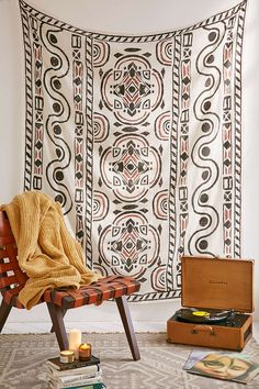 4040 Locust Zigg Tapestry - Urban Outfitters
