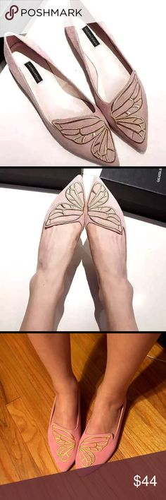 💥FLASHSALE HURRY Instagram fame butterfly ballet HURRY FLASH SALE LADT 2 pairs. Make a butterfly with your feet❣Blush pink You saw them on Instagram❣unique ON trend pointy Butterfly Ballet Flats fabric Faux Suede-like w gold embroidered butterfly put together forms BUTTERFLY💙💙VERY LIMITED ✨(Like S Webster) Casual to dressy sure to to turn heads. The IT cute SHOE. Colors Black,PinkHeel Height: Flat 1/2 in. Sizes 6.5, 7 in US size new no box🌺 Shoes Flats & Loafers