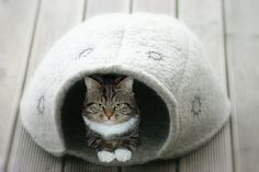Cat cave hand felted by LiinaKu on Etsy, €40.00
