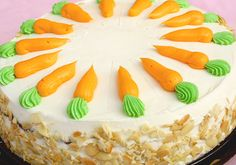 Picture of decorated whole portioned carrot cake stock photo, images and stock photography. Breakfast Recipes, Dinner Recipes, Cake Stock, Different Cakes, World Recipes, Carrot Cake, No Bake Cake, Cupcake Cakes, Cupcakes