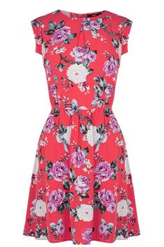 Add embrace petal power to your spring wardrobe to do list. Starting with this pretty rose print dress. It is got tonnes of day to night potential, but we are styling it with a black leather biker and ankle boots.