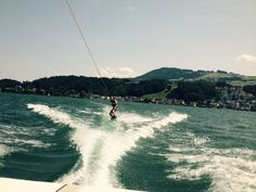 Wakeboarding in the Zürich Lake. Photo: Bruny Nieves