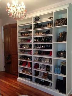 Dreaming Shoes Closet