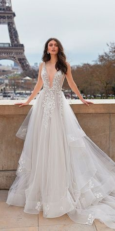 Wonderful Perfect Wedding Dress For The Bride Ideas. Ineffable Perfect Wedding Dress For The Bride Ideas. Dresses Elegant, Elegant Wedding Gowns, Perfect Wedding Dress, White Wedding Dresses, Designer Wedding Dresses, Bridal Dresses, Sexy Dresses, Dress Wedding, Summer Dresses