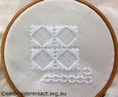 Hardanger-in-hoop-Evelyn-Bardara-from-Queanbeyan.jpg 700×577 piksel