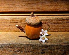 Cute little DIY fairy teapot for the fairy garden :)