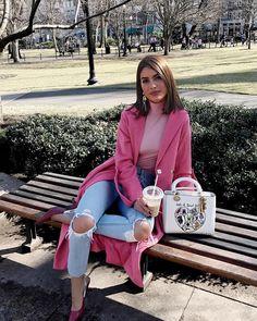 """197.3k Likes, 1,289 Comments - Camila Coelho (@camilacoelho) on Instagram: """"Pink and denim combo #ootd #lookdodia"""""""