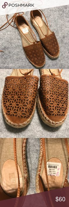 NEW Anthro Jasper & Jeera Rosecut Espadrilles Sz10 Gorgeous rosecut leather lace-up espadrille sandals in women's size 10...brand new! Made in Brazil. From Anthropologie. Synthetic sole. Runs true to size. A must-have for spring/summer!!! 🌻🌞☀️ Anthropologie Shoes Espadrilles