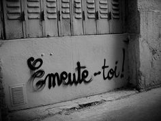 .rue; emeute-toi !!