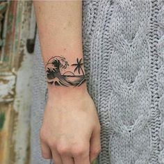 Collarbone Tattoos You Can Opt For – Page 3 of 60 – tracesofmybody .com – tattoos for women half sleeve Clavicle Tattoo, Wrist Tattoos, Body Art Tattoos, Piercing Tattoo, New Tattoos, Piercings, Wave Tattoos, Wave Tattoo Wrist, Underboob Tattoo