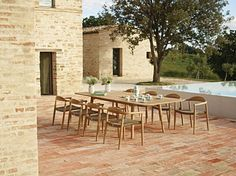 Dansk outdoor teak dining setting by Gloster  http://www.coshliving.com.au/outdoor-brands/gloster/dansk/