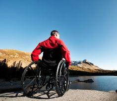 ¿Cómo son las sillas de ruedas manuales?