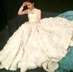 Mahira Khan stuns at the LUX Style Awards 2015! | PINKVILLA